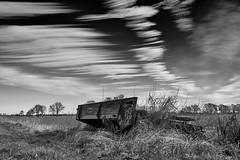 No movement (mechanicalArts) Tags: elbmarsch bw wolken clouds field feld marschland marsch marsh schwarz weis trailer anhänger broken kaputt
