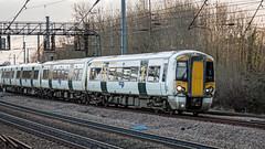 387104 (JOHN BRACE) Tags: 2014 bombardier derby built class 387 electrostar emu 387104 seen harringay station great northern white livery