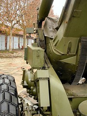 """FH-70 155mm Field Howitzer 54 • <a style=""""font-size:0.8em;"""" href=""""http://www.flickr.com/photos/81723459@N04/28075704359/"""" target=""""_blank"""">View on Flickr</a>"""