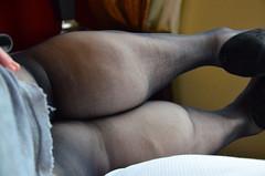 DSC_0029jj (ARDENT PHOTOGRAPHER) Tags: muscular calves flexing muscle legs muscularwoman