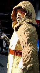 2017-Star Wars Lego Force Awakes Luke Skywalker Statue at the Lego Booth at SDCC-01 (David Cummings62) Tags: sandiego ca calif california comiccon con david dave cummings 2017 starwars movie movies lego statue forceawakes lukeskywalker