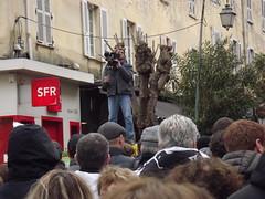 Manifestation d'Aiacciu: caméraman en pleine action! (Vincentello) Tags: manifestation aiacciu ajaccio cameraman télévision