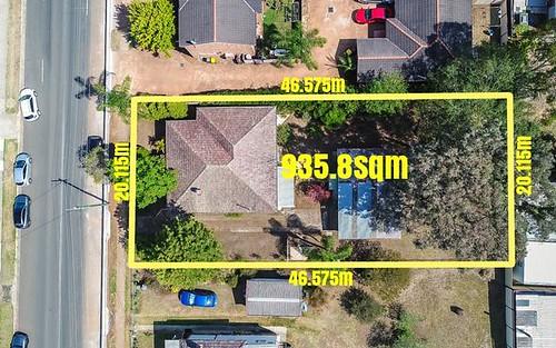 54 Chamberlain St, Campbelltown NSW 2560