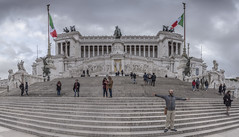 Macchina da scrivere (biktoras07) Tags: macchinadascrivere roma rome capital italy moment flag statue staircase people tourist vittorioemanueleii ou out con architecture historic pano panorama panoramic sky grey blue clouds victorsantos piazza venezia capitoline hill typewriter 1885 1925 1911 sacconi giuseppe