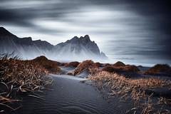 Vestrahorn Islande (EtienneR68) Tags: landscape bleu blue colors eau hills mer montagne mountain nature paysage snaefellsnes vestrahorn pays iceland islande type longexposure