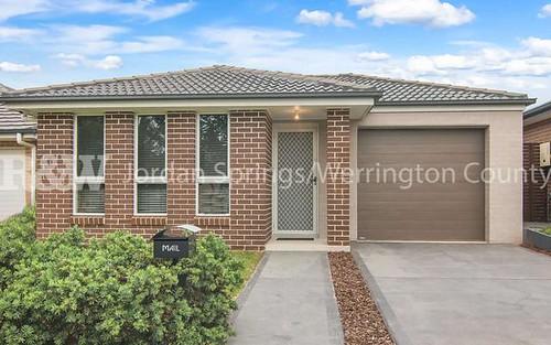 4 Sandstock Crescent, Jordan Springs NSW