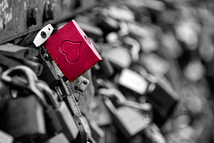 Always and Forever (WilliamND4) Tags: hff fencefriday lock fence heart valentinesday love nikon d810 cologne germany selectivecolor