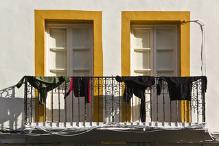 Clothes hanging - Ropa tendida