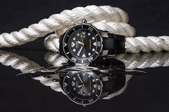 Dive Watch (Score Photos) Tags: flash 1855 xt20 fuji yongnuo strobist white black nautical rope reflection water citizen divewatch dive watch productphotography