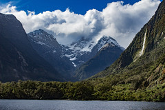 Boat cruise in Milford Sound (Yuliksroas) Tags: boat cruise waterfalls mountains milford sound new zealand south island water coast trees nature ocean clouds canon eos 650d