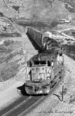 SD's at Sullivan's Curve (GRNDMND) Tags: trains railroads unionpacific up locomotives emd sd402 sullivanscurve cajonpass cajon california