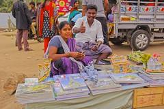 Street photography (Rajavelu1) Tags: streetphotography street streetlife streetscenes colourstreetphotography streetshot vividandstriking art creative india couple thumsup