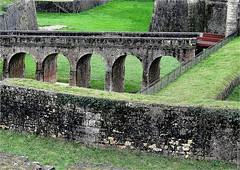 CV 249 (cadayf) Tags: 33 gironde blaye monument citadelle fortification vauban unesco pont bridge architecture