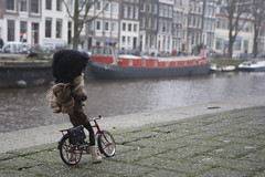 Cold Amsterdam (Erla Morgan) Tags: doll pullip pullipnoirregeneration pullipnoir noir ann erlamorgan groove junplanning 52dollyweekproject 52weeksproject 2018 amsterdam depechemode