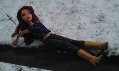 IMAG0936 (Frankenbarbies) Tags: barbie winter snow cold dolls ladies lady weather friends water ice puppen puppe photography photo barbies mädchen fashionista fashionistas blond flickr myscene erotic doll holiday sexy ferien spielzeug sisters smile foto girls