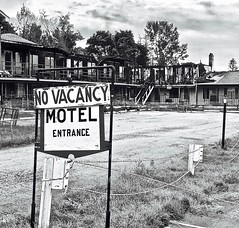 """No Vacancy"" (Halvorsong) Tags: art abandoned abandonedplaces fire novacancy monochrome black blackwhite blackandwhite blackandwhitephotography composition architecture america americana classic decay hiddengems old photography photosafari newyork cooperstown signs signage sign motel hotel urban urbanart weathered explore bw halvorsong"