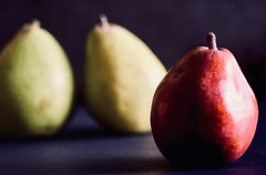 Three's a crowd (sarabernheisel) Tags: threesacrowd flickrfriday macro isolation pears