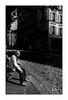 Montmartre (Punkrocker*) Tags: contax aria cy zeiss distagon 28mm 2828 t film kodak trix 400 nb bwfp street city people montmartre paris france