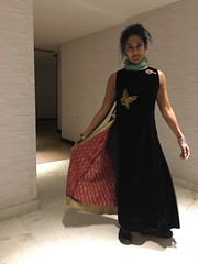 showing off my Anokhi by Humaira Khan dress from Bangladesh (olive witch) Tags: 2018 abeerhoque india jaipur jan18 january jlf jlf18 me night