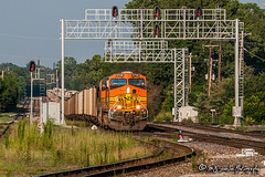 BNSF 5728 | GE ES44AC | UP Memphis Subdivision (M.J. Scanlon) Tags: bnsf5728 es44ac ge empty coal cnjunction bnsf bnsfrailway upmemphissub signal signals signalbridge tree sky digital merchandise commerce business wow haul outdoor outdoors move mover moving scanlon mojo canon eos engine locomotive rail railroad railway train track horsepower logistics railfanning steel wheels photo photography photographer photograph capture picture trains railfan