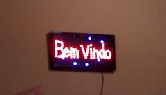 Bem-vindo (Wellington Marques de Oliveira) Tags: bar boteco bemvindo luminoso
