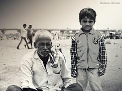 HOPE (shubham bhosale) Tags: hope eyes positivevibes feelalive motivation inspiration streetsofindia streetsofmaharashtra boy young india maharashtraig maharashtra rural poor