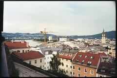 Summer 2017 LXII (__Daniele__) Tags: austria l autriche österreich ausztria upper oberösterreich linz panorama leica m6 rangefinder 35to220 35mm summicron analogue analog film kodak 200 c41 urban donau danube