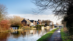 Leeds Liverpool Canal Maghull. (James- Burke) Tags: people leedsliverpoolcanal towpaths houses scenic maghull picturesque canals