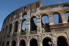 Coliseo (ramosblancor) Tags: humanos humans arquitectura architecture historia history anfiteatro amphitheatre exterior outside anfiteatroflavio flavianamphitheatre coliseo coliseum colosseum ciudades cities roma rome italia italy viajar travel