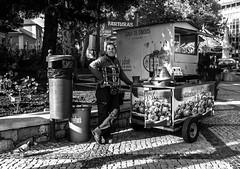 Castanheira & Pombo (46/365) (Walimai.photo) Tags: black white blanco negro byn bw branco preto blanc noir lx5 lumix panasonic cascais portugal street calle candid portrait retrato