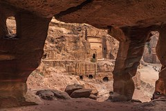 *Petra/Jordan @ Royal Tomb* (Albert Wirtz @ Landscape and Nature Photography) Tags: albertwirtz petra jordan jordanien royaltomb königsgräber nabatea ancient orient oriental building landscape paesaggi paysages historic tomb grab canyon ruin sandstone archaeological reqmu ruinenstätte monumentalengrabtempel unesco unescowelterbe unescoworldheritage kulturdenkmal edom weihrauchstrasse nabatäer höhlenwohnungen indianerjones ausgrabungen geologie movieset indianerjonesundderletztekreuzzug ngc