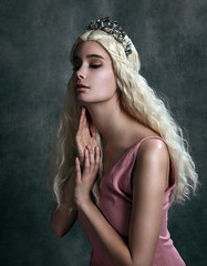 (kristina.tsvetkova) Tags: portrait portraitphotography portraiture портрет blonde princess dreamy beauty beautiful model fairytale fantasy daenerys helsinki finland valokuvaaja moody gentle woman porcelain skin studio strobelight
