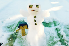 Danbo by RK (10) @winter2018 (Robert Krstevski) Tags: robertkrstevskiblogspotcom robkrst robertkrstevski robertkrstevskiblogspotmk danbo danboard danbomacedonia danbostory danborou danboamazon snow winter winter2017 snow2017 light nikon nikond3300 europe balkan macedonia travel revoltech robot robots minimalisam funny cute данбо life