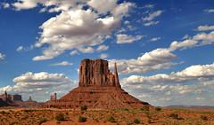 MONUMENT VALLEY (AlCapitol) Tags: monumentvalley nikon d800 arizona park nuages clouds