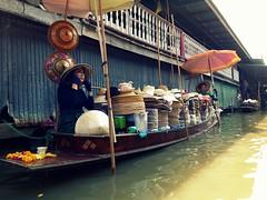 Hats Seller @ Floating Market (stardex) Tags: floatingmarket canal river boat hat thailand damnoensaduak sunlight