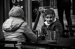Ciacorar (damar47) Tags: azdora oldlady oldwoman woman age blackwhite blackandwhite biancoenero monochrome monochromatic pentax pentaxart pentaxian k30 da50200mm citycenter citylife bologna italy italia urban streetphotography streetlife street talking atthetable bar
