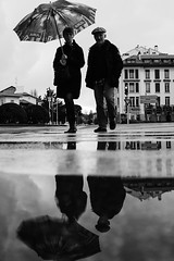 Principle (Txipi Art'z) Tags: black blanc candid city france fuji human instant instantane monochrome noir ombres perspectives photo photographiederue rain rue shadows shoot social street streetphotography white nouvelleaquitaine fr