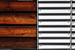 Holz trifft Metall (J.Weyerhäuser) Tags: holz metall fassade wellen linien waagrecht senkrecht unicampus