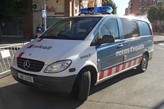 Mossos d'Esquadra (bleulights) Tags: mossos desquadra policia police polizia polizei policía rendőrség 警察 polisie polici شرطة polis полиция poliisi policija seguretat ciutadana seguridad ciudadana public safety straz miejska patrulla patrol car cme 3375 mercedes benz vito
