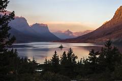 Wild Goose Island, Saint Mary Lake, early morning (explored) (birgitmischewski) Tags: wildgooseisland saintmarylake glaciernationalpark