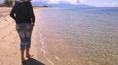 💃 (__jo_) Tags: girl walk beach beachlife summer summervibes sun sea sealife sky skyporn village vacation hot bare feet photo