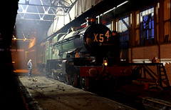 Didcot engine shed (Andrew Edkins) Tags: 4079 pendenniscastle gwr greatwestern didcotrailwaycentre oxfordshire canon railwayphotography reenactor timelineevents photoshoot night reportingnumbers geotagged light people uksteam february 2018 winter