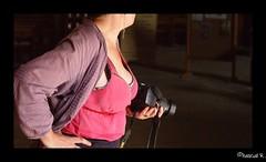 DSC01623 (Pascal Rey Photographies) Tags: femmes ladies mujeres donnas frauen mädchen woman women femme lady dames damen dame décolletés photographiecontemporaine photos photographie photography photograffik photographiedigitale pascalreyphotographies popart pop pascalrey nikon d60 d700 neckline