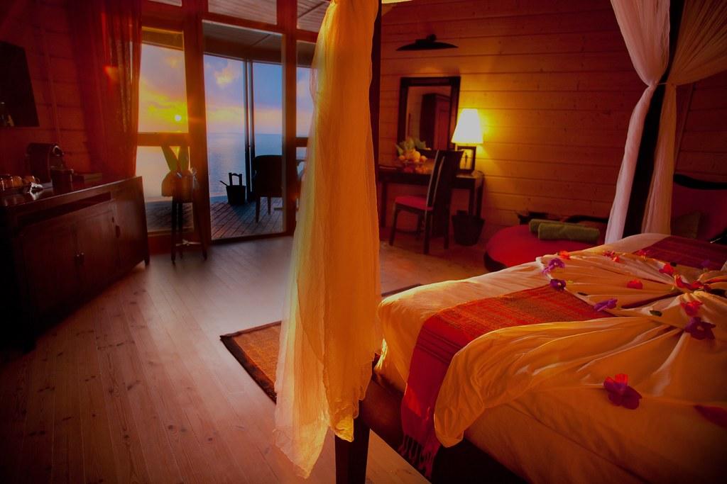 Komandoo Beach Villa Interior