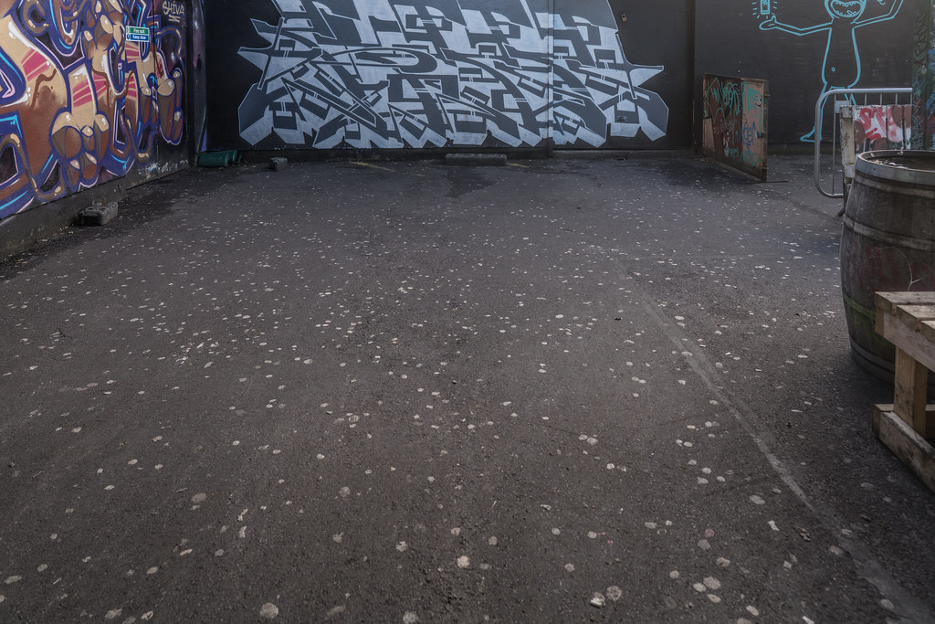 STREET ART AT THE TIVOLI CAR PARK IN DUBLIN [LAST CHANCE BEFORE THE SITE IS REDEVELOPED]-135627