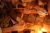 """Detalle del pintado (Francisco J. Ardanuy """"Ardius"""") Tags: alfar cerámica alfarería sediles medieval pottery aragón recreación reenacment arcilla barro maestro aprendiz oficio taller"""