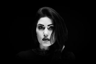 the clairobscur beauty portrait