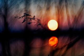 #173 - Sunset by the water #3 / Západ u vody