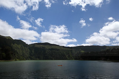 Lagoa Verde (Elios.k) Tags: horizontal outdoors people threepeople canoe canoeing activity leisure lake lagoon lagoaverde greenlagoon twinlakes lagoadassetecidades colorful setecidades landscape hills forest sky clouds cloudy weather colour color water green caldera volcaniccrater trees nature greenisland crater ilheverde travel travelling june2017 summer vacation canon 5dmkii photography island pontadelgada saomiguel acores azores portugal europe