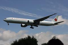 C-FITL (FabioZ2) Tags: londra boeing aircanada 777333er cn35256 atterraggio